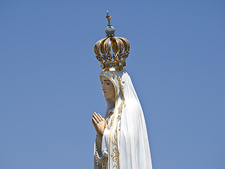 Our_Lady_of_Fatima_Credit_Ricardo_Perna_Shutterstock_EWTN